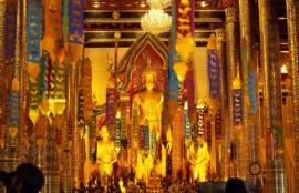 タイの仏像の画像